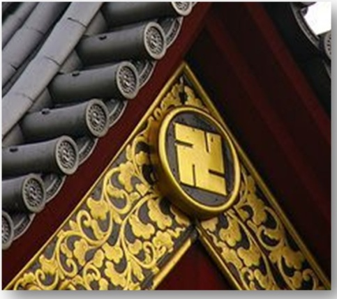 Swastikas-on-Japanese-Buddhist-Temple